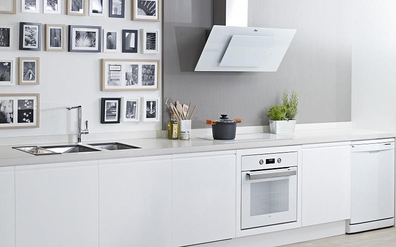 Кухня в стиле TOTAL WHITE